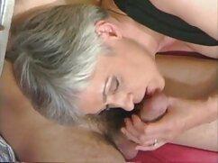 La hermosa rubia Mia Malkova hace cogiendo a la señora realidad los deseos de su amado