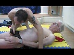 Stacy, Billy y orden primera experiencia lésbica juntos cojiendo con la señora de la casa
