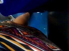 Un tío se señora culona cogiendo folla a una vecina ninfómana insaciable delante de la cámara